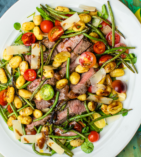 Steak tagliata with green beans & fried gnocchi