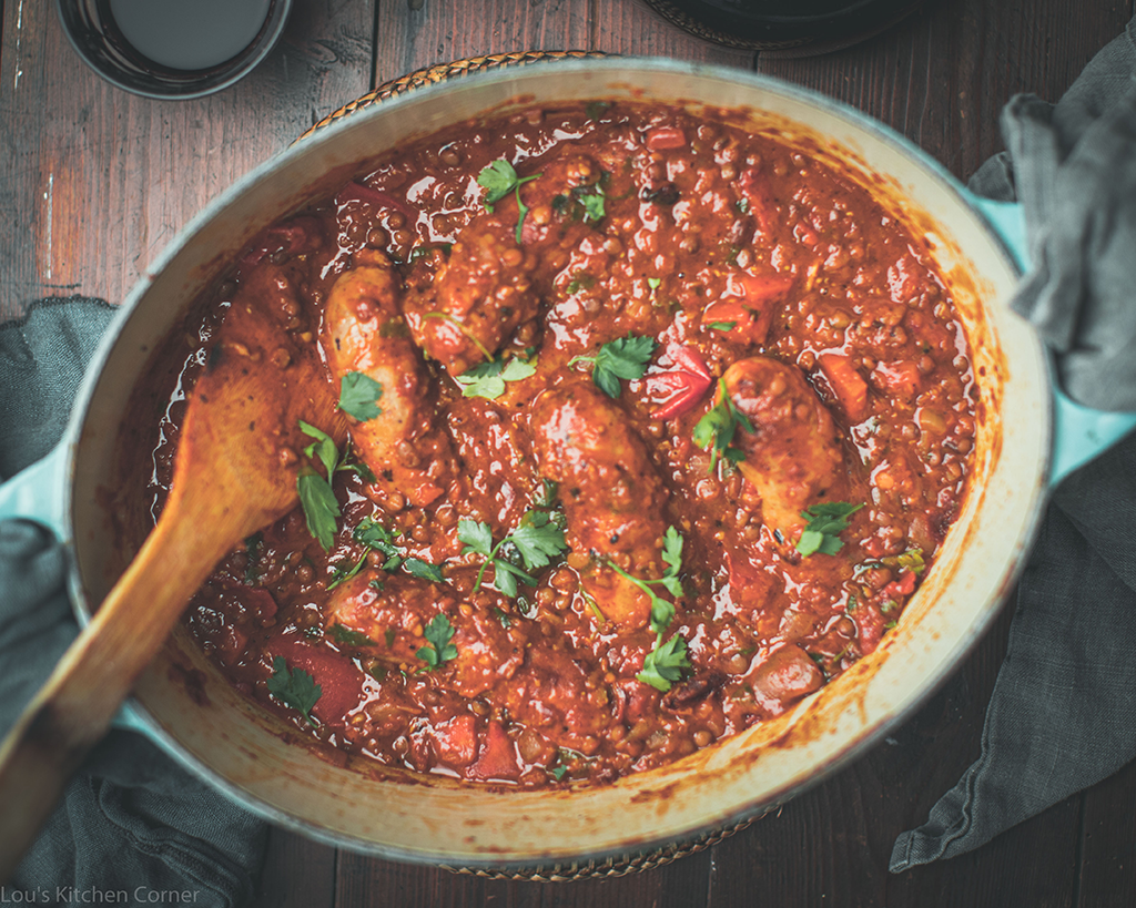 Spicy sausage and lentil casserole
