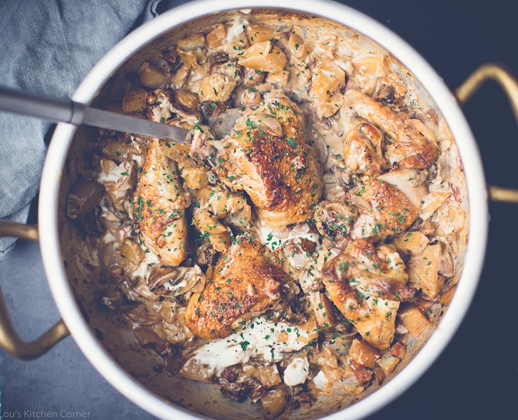 Chicken with porcini & chestnut mushrooms