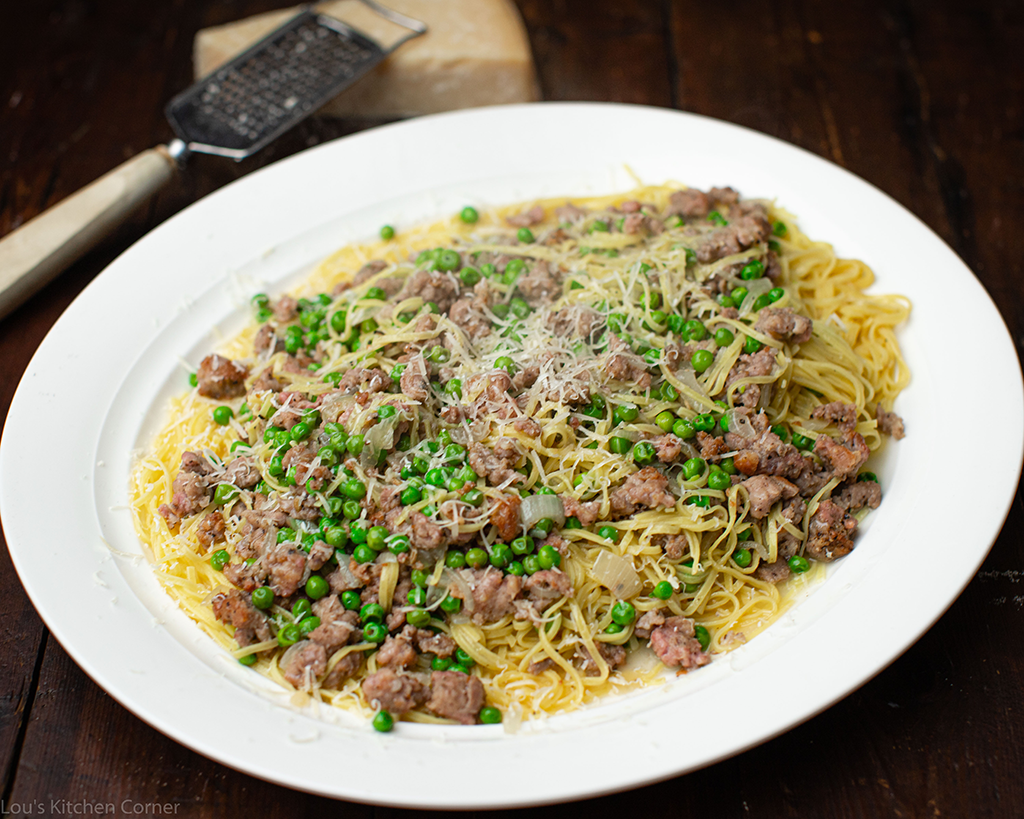 Taglierini, Italian sausage with peas recipe